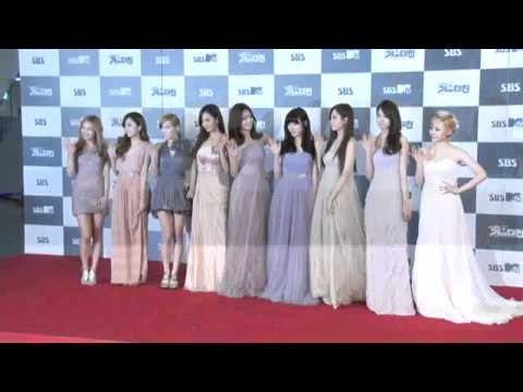 [111229] SNSD - Red Carpet [2011 SBS Gayo Daejun]