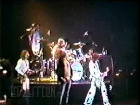 Led Zeppelin - Baton Rouge 1977 (8mm film)