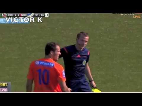 فيديو ..لاعب كرة قدم  يبكي مثل الأطفال بعد طرده من الملعب