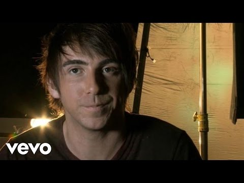 All Time Low - I Feel Like Dancin' (Behind The Scenes)