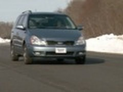 Kia Sedona review from Consumer Reports