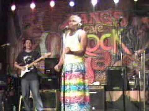 Blakdyak : Modelong Charing (Live)