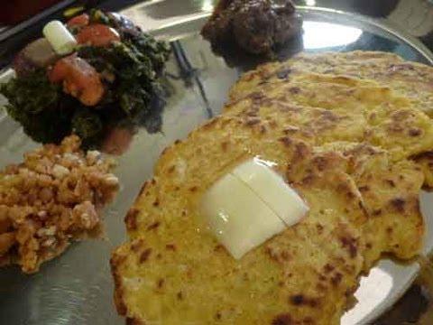 Makki Ki Roti (Punjabi Corn Flour Bread)