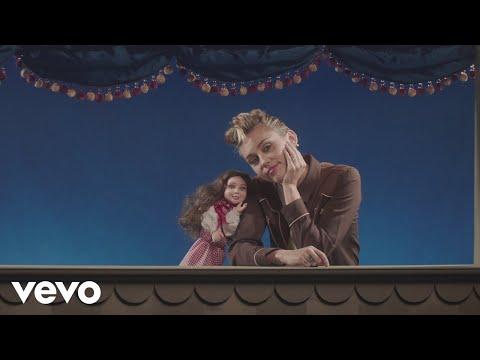 Miley Cyrus - Younger Now (Official Video) - UCdI8evszfZvyAl2UVCypkTA