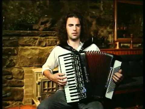 Play Scottish Music -  Captain Campbell Accordion Lesson