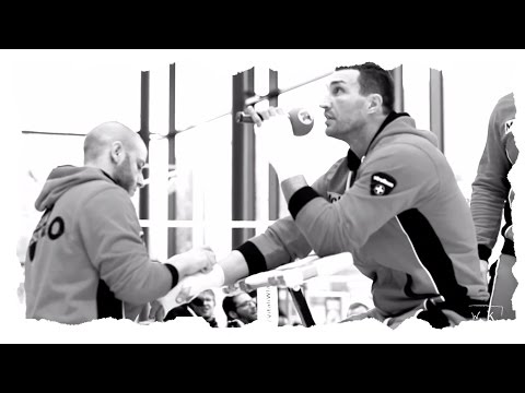 WLADIMIR KLITSCHKO X MARIUSZ WACH - PRESS WORKOUT