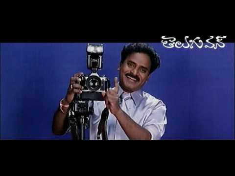 Venu Madhav as Photographer
