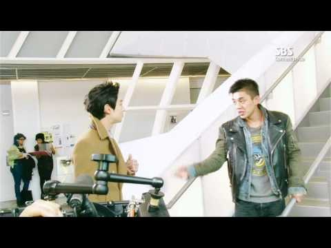 Yoo Ah In : Making Film - Young Geol & Jae Hyuk --qLw11ADIp4