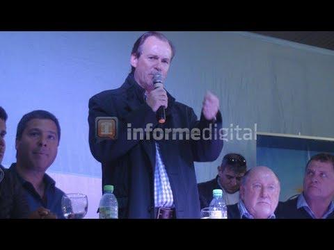 <b>Frente peronista.</b> Bordet y Busti, duros con el Gobierno de Macri