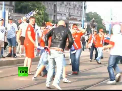 Video of brutal clashes between Russian & Polish fans in Warsaw