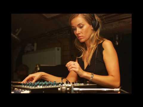 DJ Dero - I Retro ( Alejandro Montero Clubzound Mix )