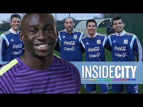 INSIDE CITY 130 | Mangala Freestyle Skills & Messi in Manchester