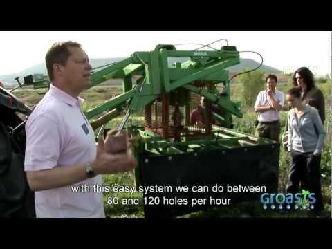 (English subtitles) UICN España y Life  plantan proyecto reforestacion con la Technologia Groasis