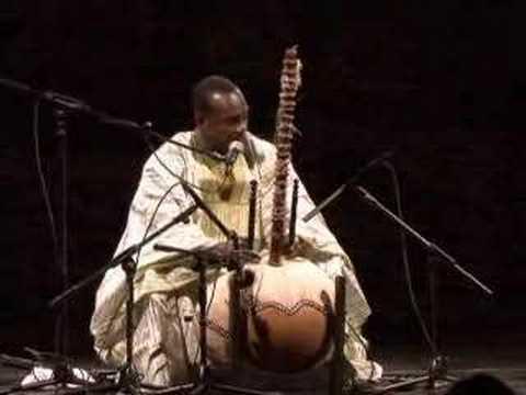 Toumani Diabaté - Cantelowes live at El Real Alcazar