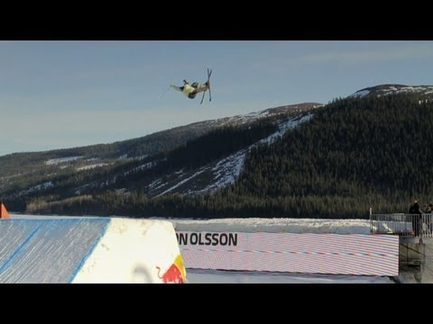 Machine Style - Freestyle Skiing with Russ Henshaw 2011