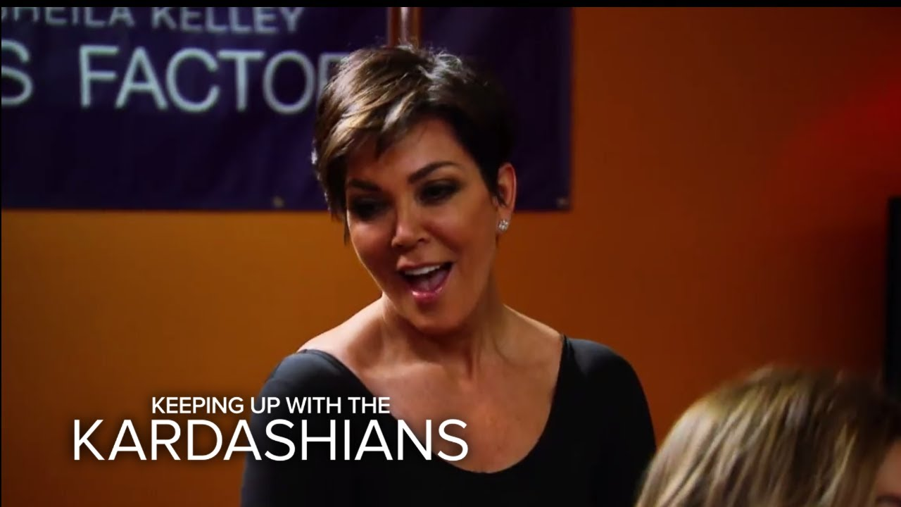 Kris Jenner Crashes Kim K.'s Pole Dancing Class | Keeping Up With the Kardashians | E!