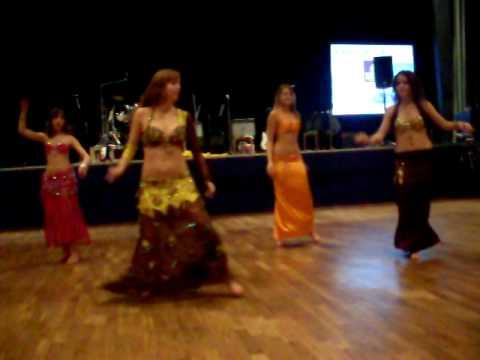 Belly dance group Anwar - drum solo(Sahra saidi)