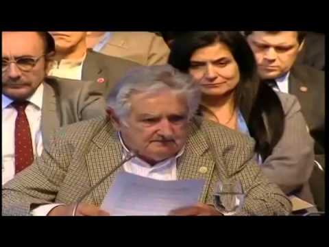 Mujica dio una lecci�n en su �ltimo discurso en la Cumbre del Mercosur