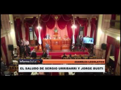 <b>Asamblea Legislativa.</b> El saludo entre Sergio Urribarri y Jorge Busti