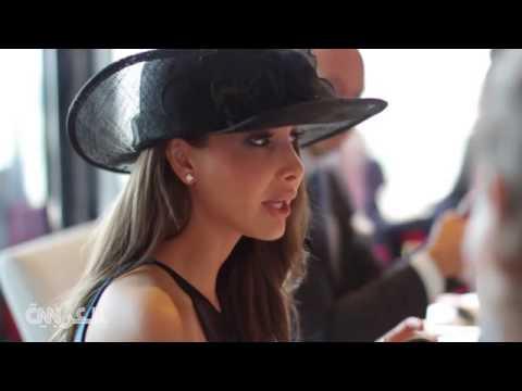 شاهد : كيف عبرت النجمة اللبنانية نانسي عجرم لحضورها كأس دبي العالمي للخيل