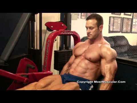 HD Muscle - Bodybuilder Jeff Dwelle at Metroflex Gym Plano