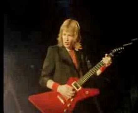 Iron Maiden - The Prisoner (1982)