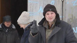 В Житомире накормили и одели бомжей