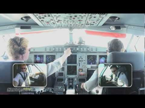Approach Landing Seattle Airport IFR Airbus 333