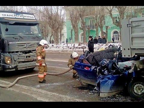 Автомобильные аварии – Подборка зимних ДТП