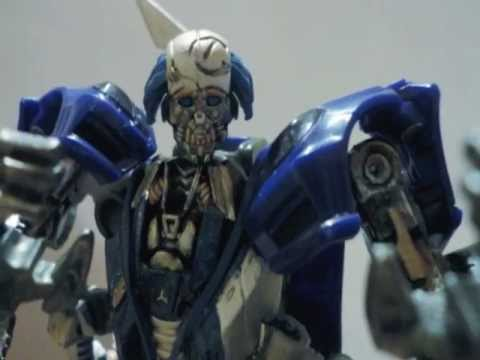 Transformers Dark of the moon Stop motion (part 3)(Spanish)(Space race)