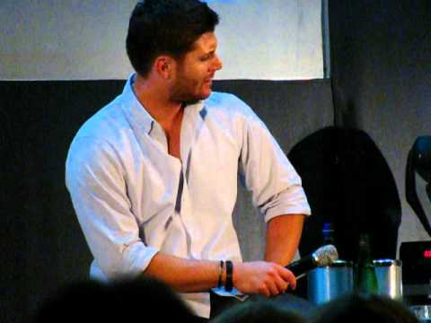 Jus In Bello Supernatural Convention Rome 2012 - Jensen confused about his voice
