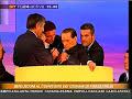 Berlusconi sviene al convegno dei giovani di Forza Italia