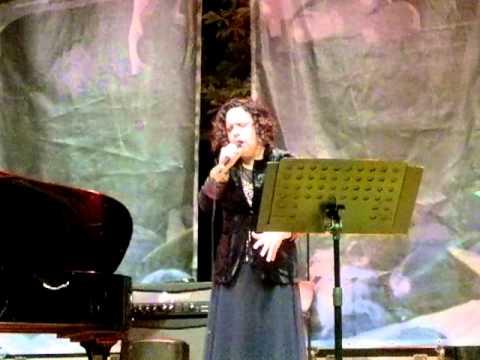 """Antonella Ruggiero live@Fara Music Festival-2/8/12 """"Santa Lucia luntana"""" (1919)"""