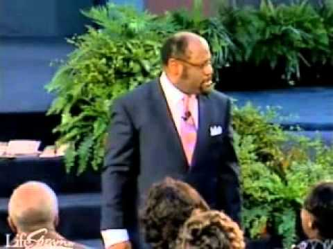 Kingdom Keys To Successful Relationships by Myles Munroe