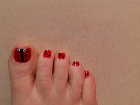 Vídeo: Cómo decorar las uñas de los pies | eHow en Español