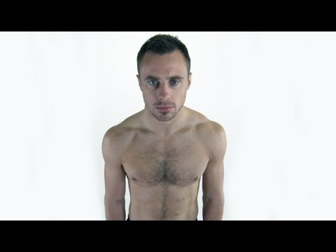 Tommy Bowe's Bodycheck | RT One
