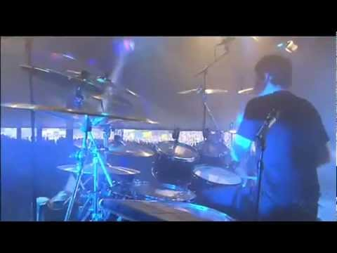 Within Temptation - In The Middle Of The Night (Lowlands 2011)