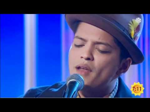 Bruno Mars - Grenade [Unplugged]