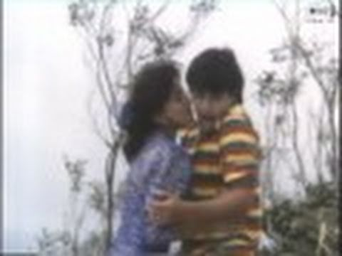 Deewana Mujh Sa Nahin (Aamir Khan) - Hum Tumse Mohabbat Karte (Full Song) HQ