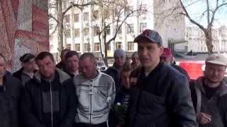 Бомжи Житомира просят у властей организовать баню