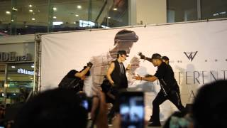 2013.06.16 Vanness Wu Album Signing Different Man @ MODEMall Taizhong part 1