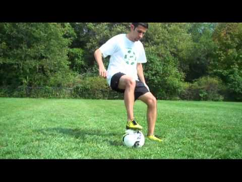 Soccer Tricks - Maradona/Zidane Turn