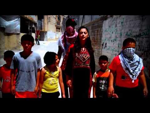 SHADIA MANSOUR Ft M1 (DEAD PREZ)-AL KUFIYYEH 3ARABEYYEH (OFFICIAL VIDEO)