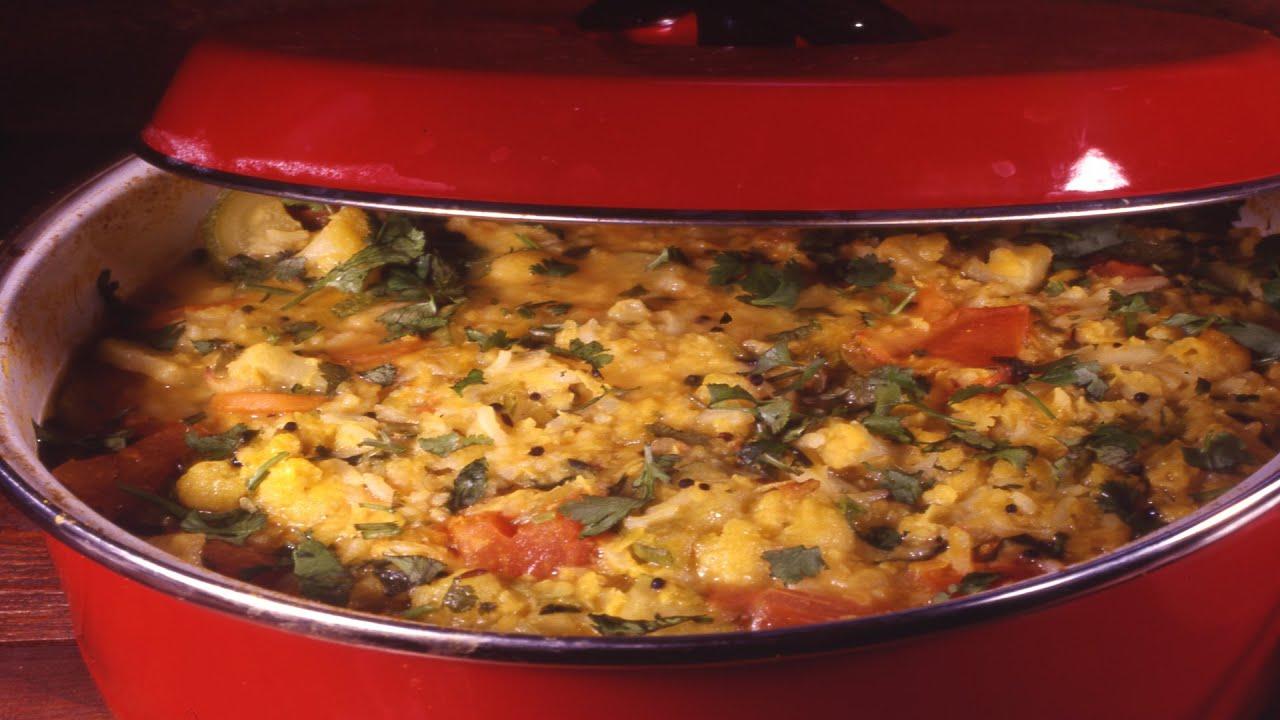 קיצ'רי - מאכל הודי מאורז, עדשים וירקות: מבשלים עם ונו