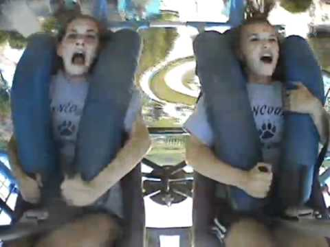 darien lake sling shot gianna and michaela