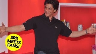 Shah Rukh Khan's FUN Time With FANS!