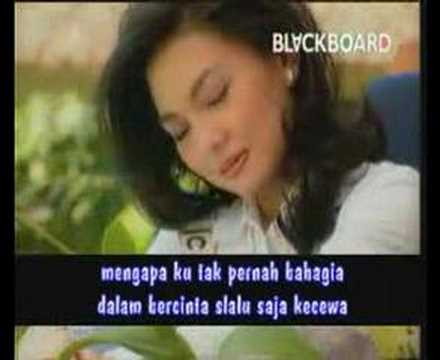 Nia Daniaty - Orang Ketiga (Lagu Pop Indonesia)