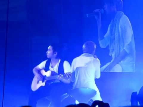 [HQ Fancam] 110129 Ryeowook's solo ft. Sungmin - Super Junior Super Show 3 Singapore