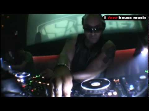 Roger Sanchez, Chuck Roberts - My House (RS Mashup)