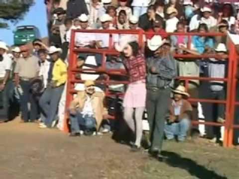 Jaripeo Los Destructores En Paramuen Michoacan